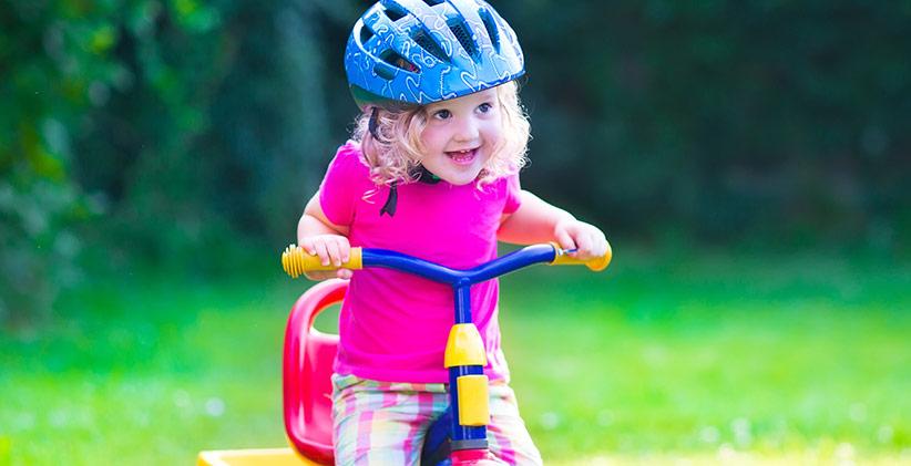 Så lär du ditt barn cykla på balanscykel